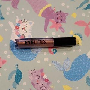 3/$10 ModelCo Eyelites Metallic Eyeshadow: St Bart